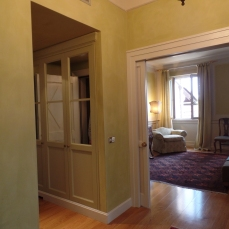 Room entryway...